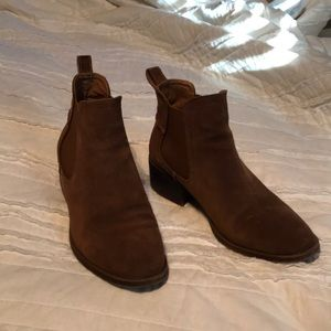 Steve Madden Camel Suede leather Booties